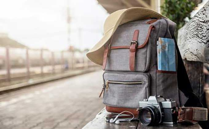 8 Awesome Gift Ideas for Travelers